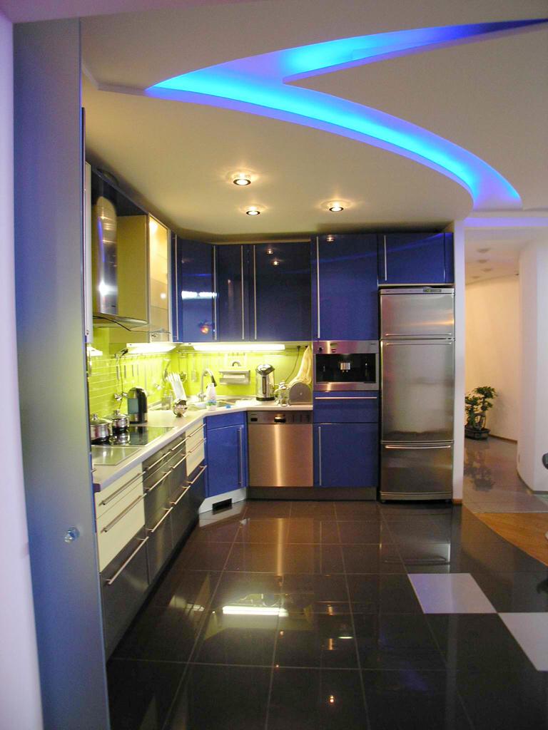 освещение потолка на кухне