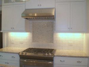 Плитка на кухне, имитация кирпича дизайн