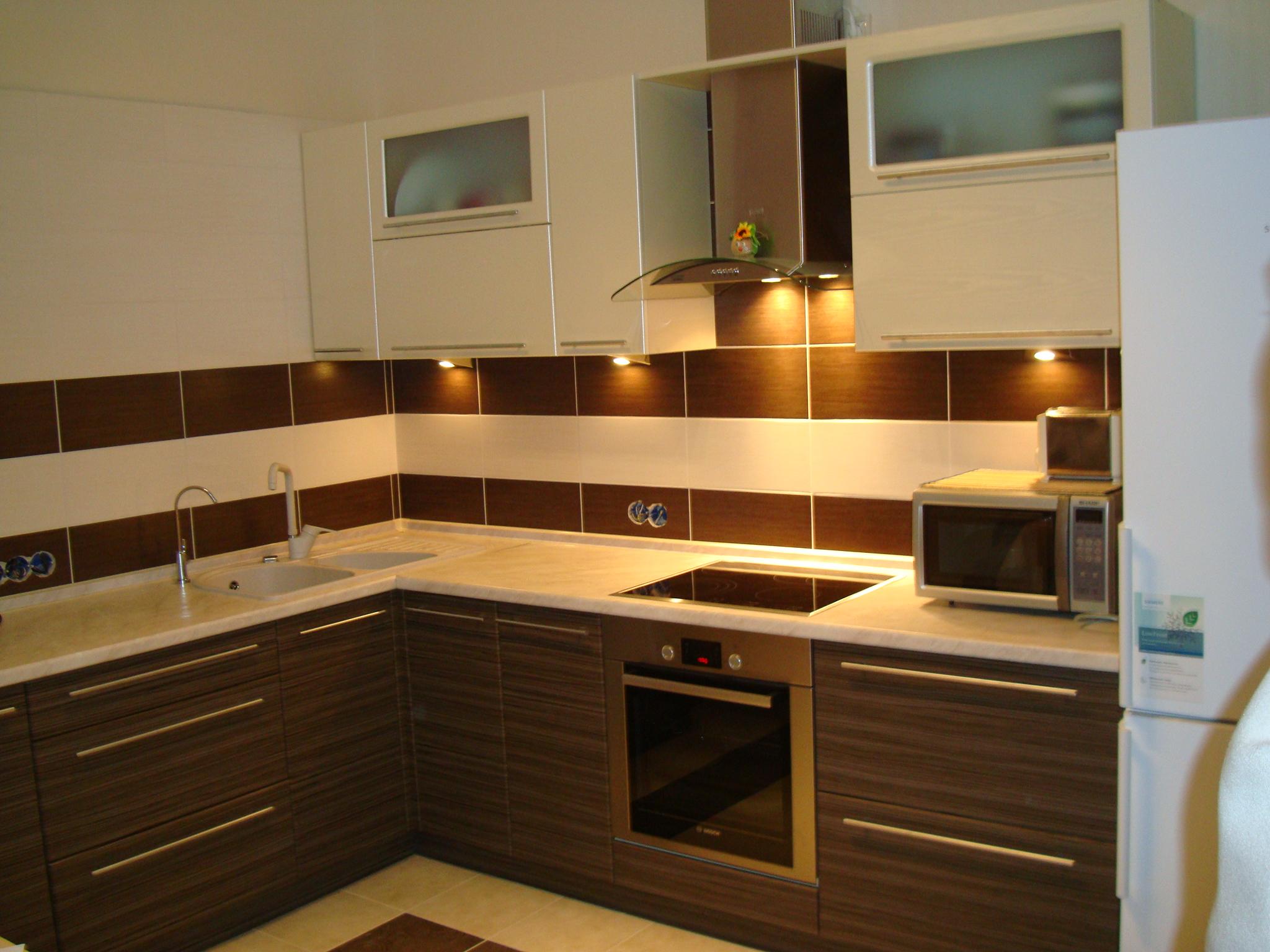 выбор стиля угловой кухни