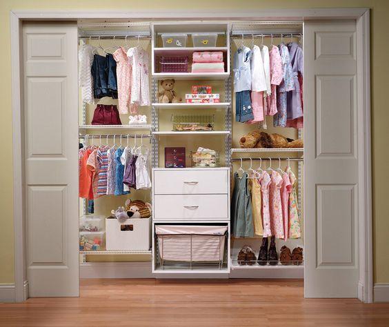 дизайн внутри детского шкафа-купе