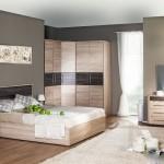 пример угловых шкафов в спальне