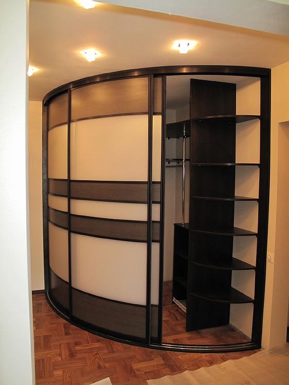 дизайн угловых шкафов