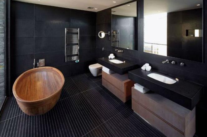 черный пол в ванной комнате