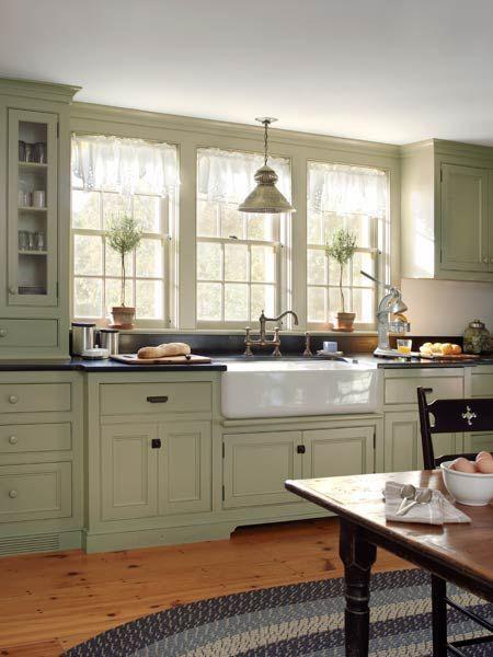 идея оформления уютной кухни в загородном доме