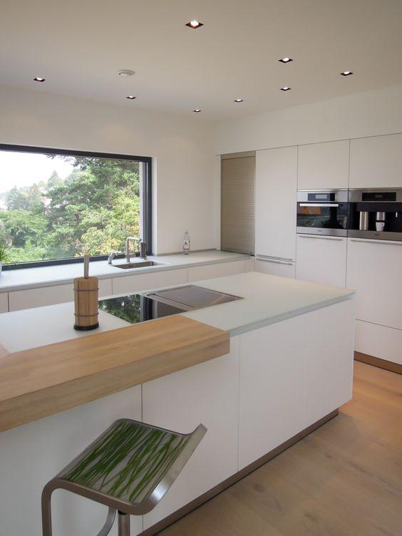 стиль минимализм в интерьере кухонного острова
