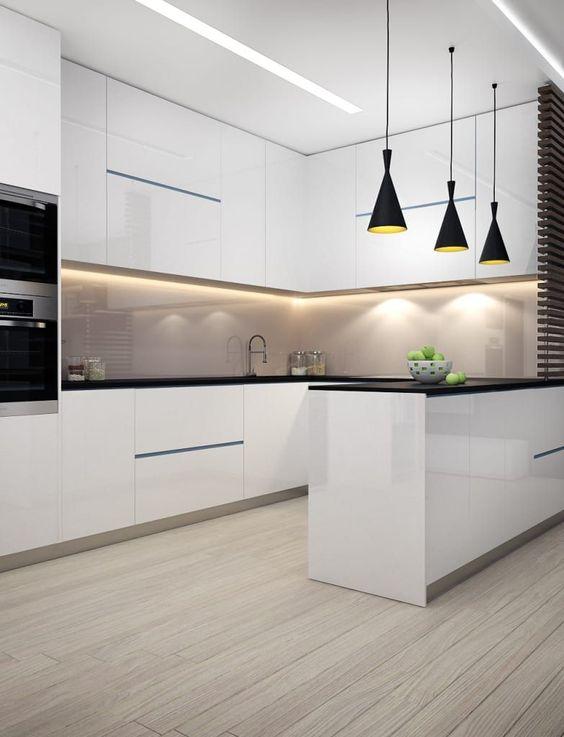 вариант освещения кухни в стиле минимализм
